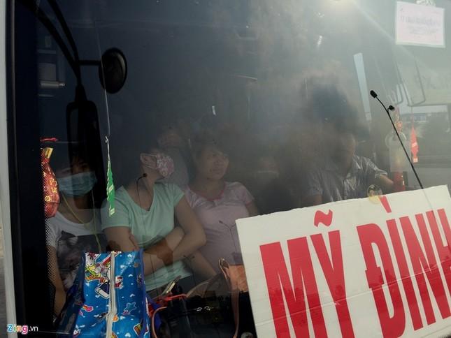 Nhồi nhét 93 hành khách trên xe 29 chỗ ngồi - ảnh 5