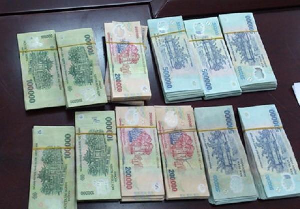 Nhân viên siêu thị trộm 2,7 tỷ đồng ở Sài Gòn - ảnh 1