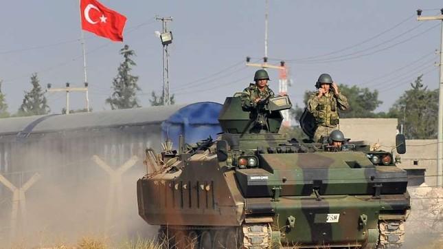 Tình hình Syria: Thổ Nhĩ Kỳ sẵn sàng triển khai bộ binh tới Syria - ảnh 1