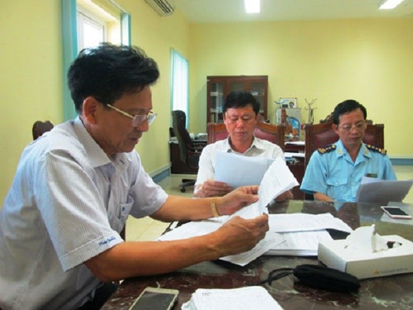 Khách Trung Quốc gây náo loạn sân bay Cam Ranh - ảnh 1