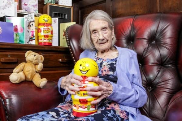 Bí quyết sống lâu của cụ bà 109 tuổi: Tránh xa đàn ông - ảnh 1