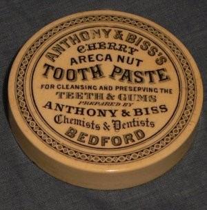 Người xưa đã từng đánh răng như thế nào? - ảnh 5
