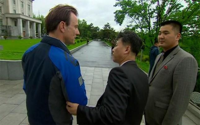 Triều Tiên trục xuất phóng viên BBC vì 'xúc phạm' Kim Jong-un - ảnh 1
