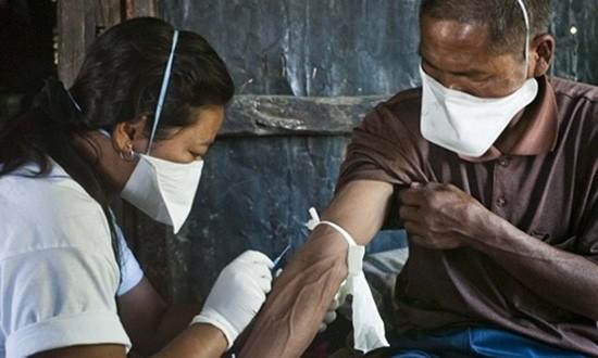 Hơn 2.000 người Ấn Độ bị nhiễm HIV vì truyền máu - ảnh 1