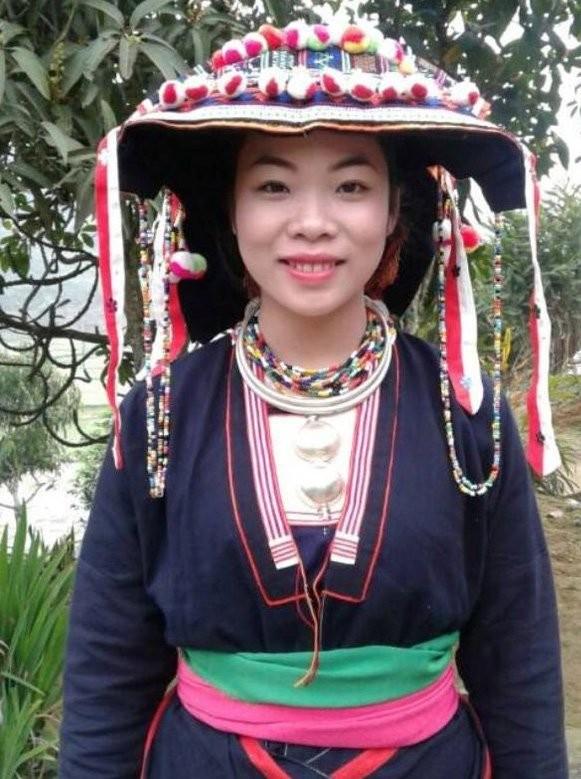 Đại biểu Quốc hội trẻ nhất là cô nông dân xinh đẹp người Dao - ảnh 1