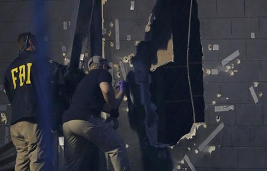 Kẻ xả súng Mỹ 'bình tĩnh' khi thương lượng với cảnh sát - ảnh 1
