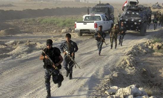 Chưa diệt xong IS, quân Iraq lục đục - ảnh 2