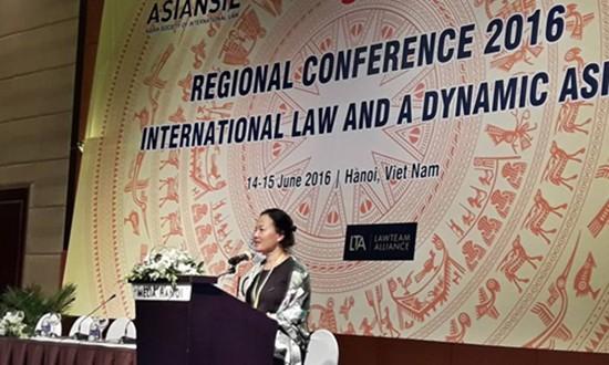100 chuyên gia bàn về luật quốc tế với châu Á tại Hà Nội - ảnh 1