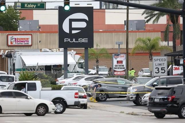 Chủ tịch nước gửi điện chia buồn vụ xả súng đẫm máu tại Orlando - ảnh 1