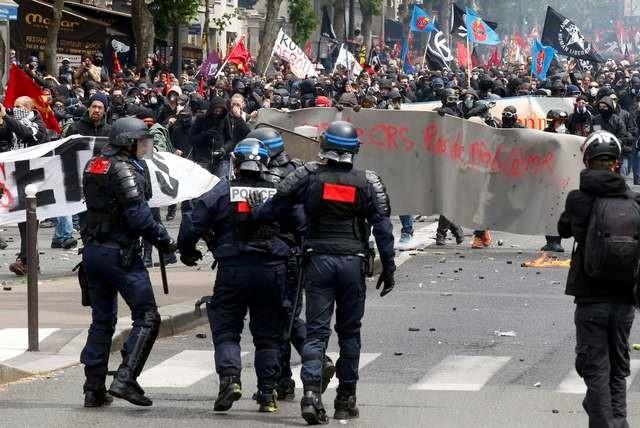 Hàng nghìn người tham gia bạo động ở Paris - ảnh 1