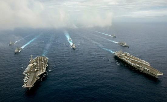 Hai tàu sân bay Mỹ gần Biển Đông trước khi tòa PCA ra phán quyết - ảnh 1