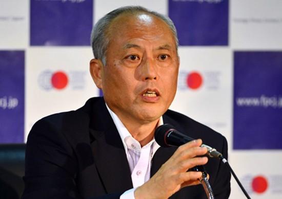 Thị trưởng Tokyo cúi đầu xin lỗi dân vì tiêu xài xa xỉ - ảnh 1
