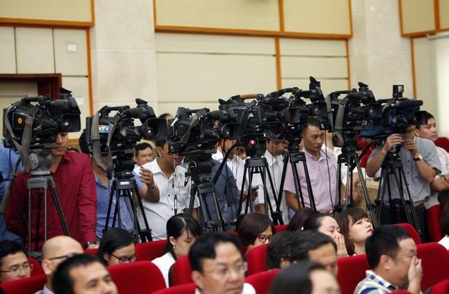 Thủ tướng: Tạo cuộc cách mạng mới trong nghề báo - ảnh 4