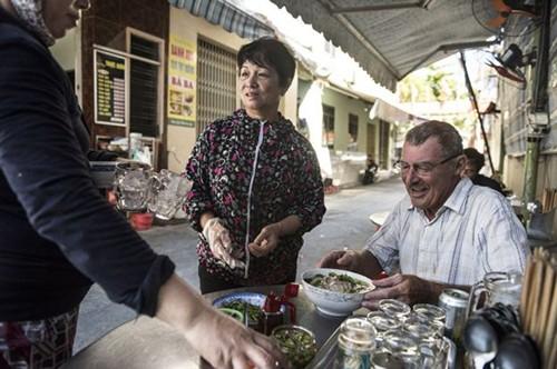 Những cựu binh Mỹ làm lại cuộc đời ở Việt Nam - ảnh 2