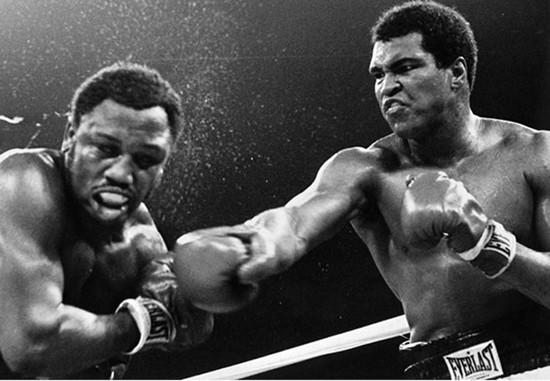 Huyền thoại quyền anh Muhammad Ali qua đời ở tuổi 74 - ảnh 1