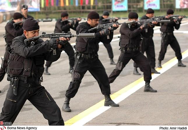 Iran công bố hàng loạt công nghệ quốc phòng mới - ảnh 2