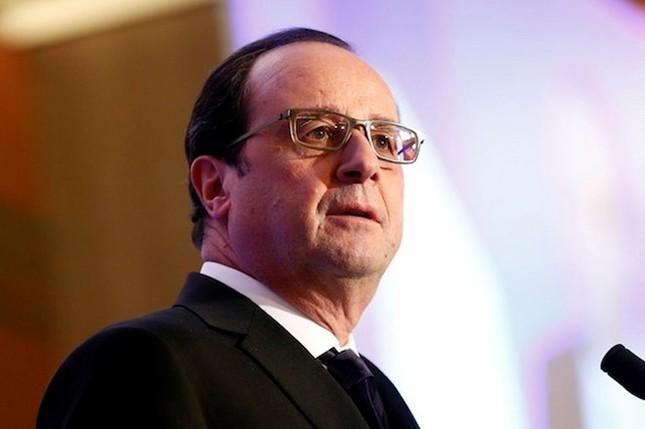 Tổng thống Pháp Hollande bắt đầu thăm Cấp Nhà nước tới Việt Nam - ảnh 1
