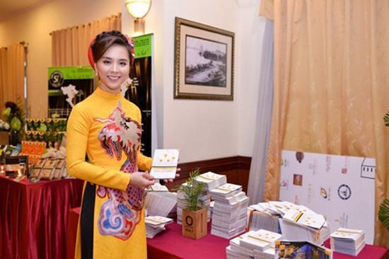 Á hậu Thiên Lý là Đại sứ truyền thông cho du lịch TP HCM - ảnh 1