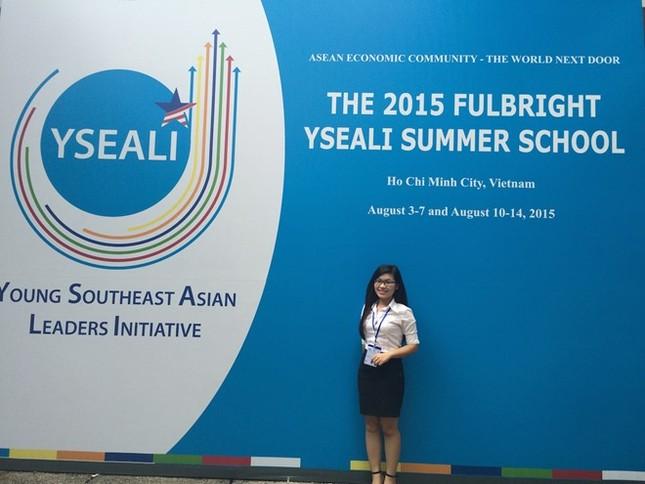 Giới trẻ Việt háo hức chờ gặp lại Tổng thống Obama - ảnh 3