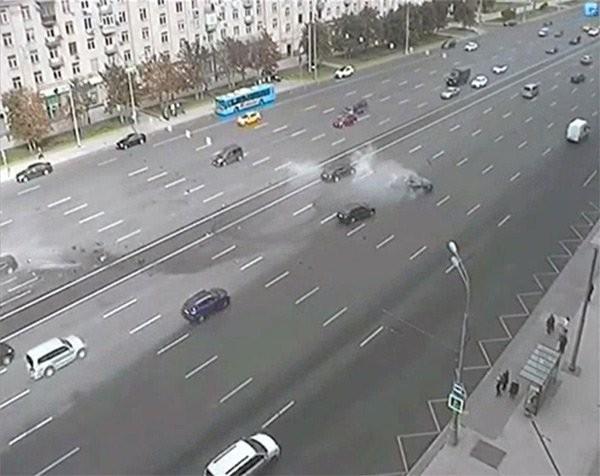 Siêu xe của Putin bị đâm, tài xế chết tại chỗ - ảnh 2