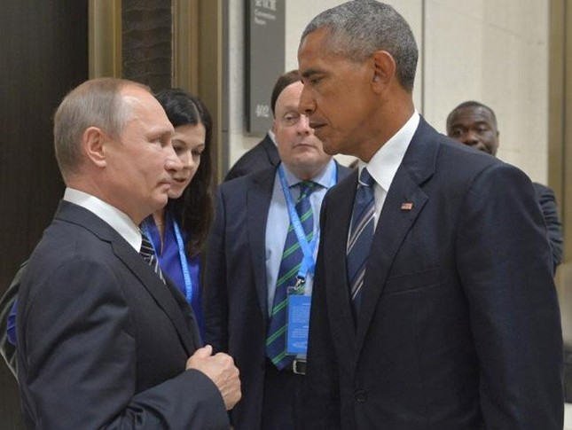 Ánh mắt 'hình viên đạn' Obama dành cho Putin - ảnh 1