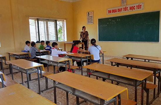 Hà Tĩnh miễn toàn bộ khoản đóng góp để học sinh trở lại trường - ảnh 1