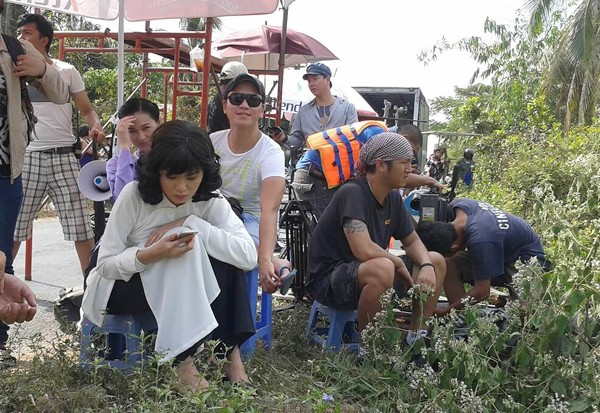 Diễm Hương thản nhiên đi đóng phim giữa bão scandal - anh 7