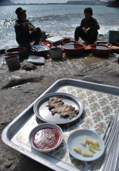 Khám phá đảo Jeju qua những món ăn dân dã - anh 3