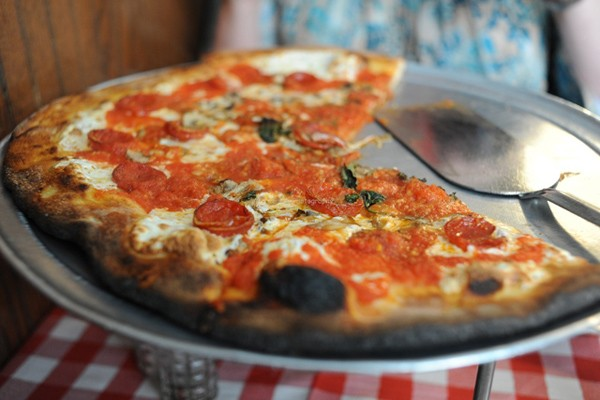 Địa điểm thưởng thức 5 món ăn kinh điển của New York - anh 1