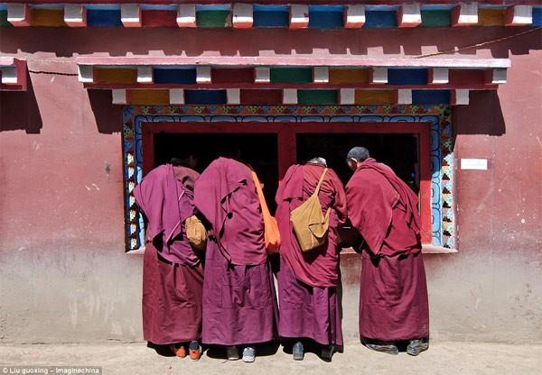Học viện Phật giáo: 40.000 tăng ni không được xem tivi - anh 7