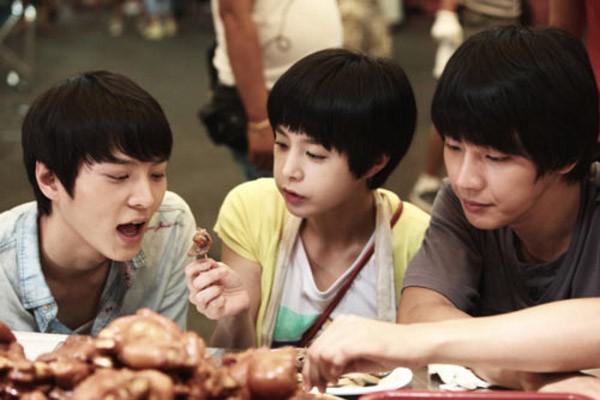 """""""Phát sốt"""" với những món ăn nức tiếng trong phim Hàn - anh 1"""