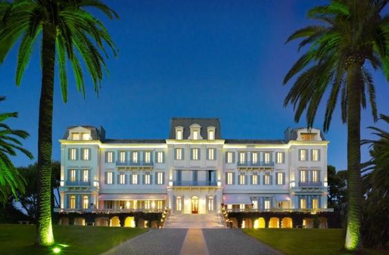 Soi chỗ ăn ở lộng lẫy của các ngôi sao đến dự LHP Cannes - anh 6