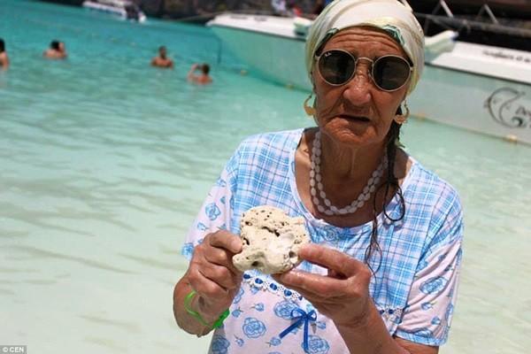 Cụ bà 80 tuổi ngao du khắp thế giới - anh 10