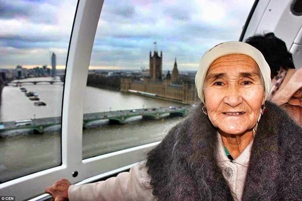 Cụ bà 80 tuổi ngao du khắp thế giới - anh 1