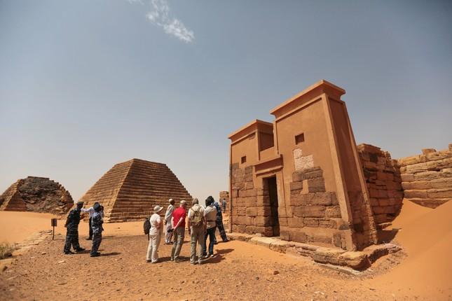 Khám phá quần thể kim tự tháp tuyệt đẹp ít người biết - anh 7