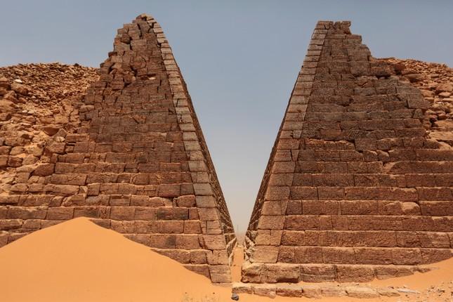 Khám phá quần thể kim tự tháp tuyệt đẹp ít người biết - anh 1