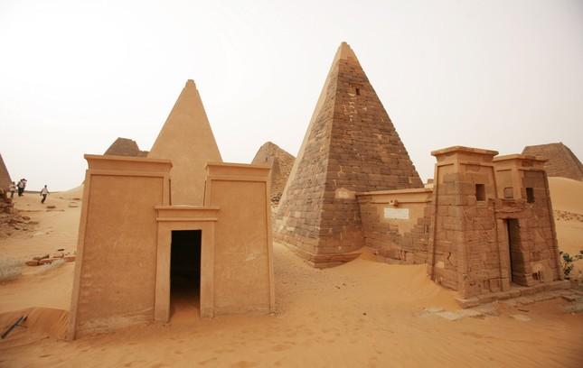 Khám phá quần thể kim tự tháp tuyệt đẹp ít người biết - anh 5