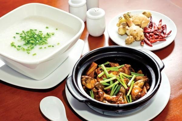 Những món ăn ngon không nên bỏ qua tại SEA Games 28 - anh 3