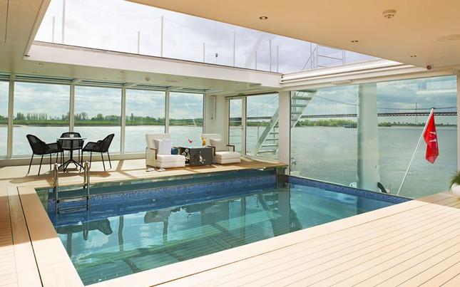 Bể bơi tuyệt đẹp trên tàu du lịch hạng sang - anh 4