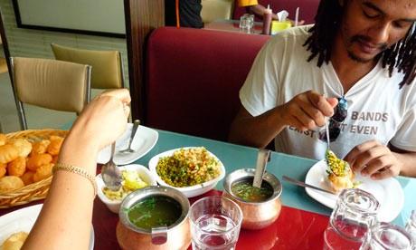 Thưởng thức những món ăn đường phố ở Mumbai - anh 6