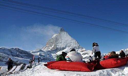 Điểm danh những địa điểm trượt tuyết mùa hè hấp dẫn - anh 5