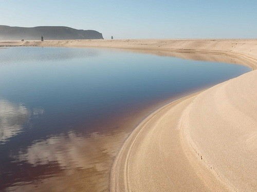 Những bãi biển quyến rũ nhất châu Âu - anh 7