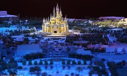 Hé lộ những hình ảnh đầu tiên của Disneyland ở Thượng Hải - anh 3