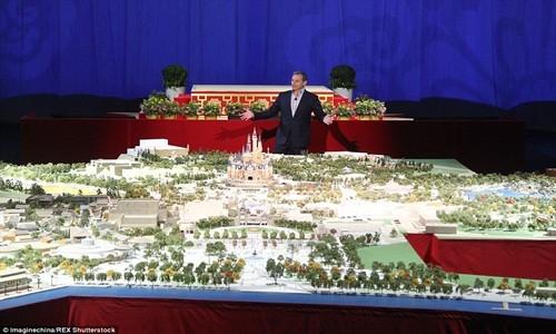 Hé lộ những hình ảnh đầu tiên của Disneyland ở Thượng Hải - anh 6