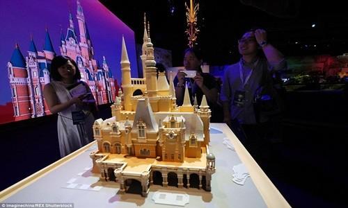Hé lộ những hình ảnh đầu tiên của Disneyland ở Thượng Hải - anh 9
