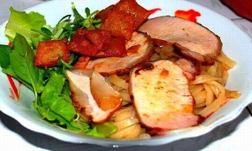 Cao Lầu – món ăn làm nên thương hiệu miền phố Hội - anh 1