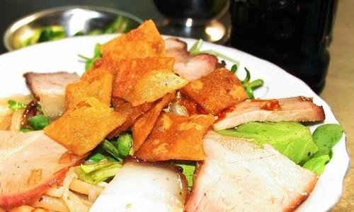 Cao Lầu – món ăn làm nên thương hiệu miền phố Hội - anh 3