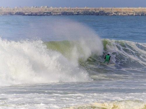 Những bãi biển lướt sóng lý tưởng nhất hành tinh - anh 11