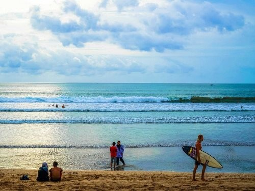 Những bãi biển lướt sóng lý tưởng nhất hành tinh - anh 3