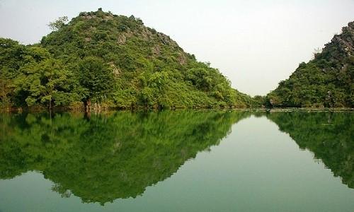 """Chiêm ngưỡng vẻ đẹp của """"Vịnh Hạ Long trên cạn"""" tại Hà Nội - anh 5"""